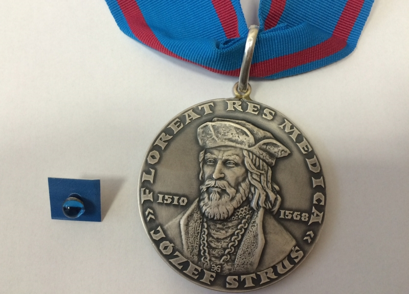 "Medal ""Gloria Medicinae"""