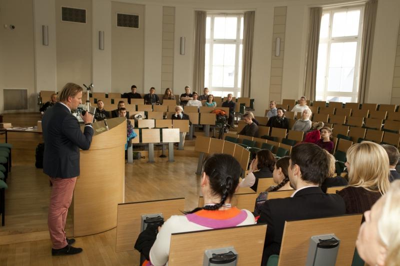 Spotkanie autorskie z Markiem Dąbrowskim
