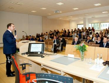 Echa V Jubileuszowej Konferencji Farmakoekonomicznej w Poznaniu