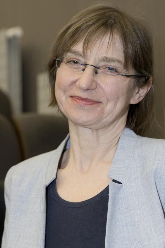 Zdjęcie prortretowe Pani prof. Doroty Zozulińskiej-Ziółkiewicz