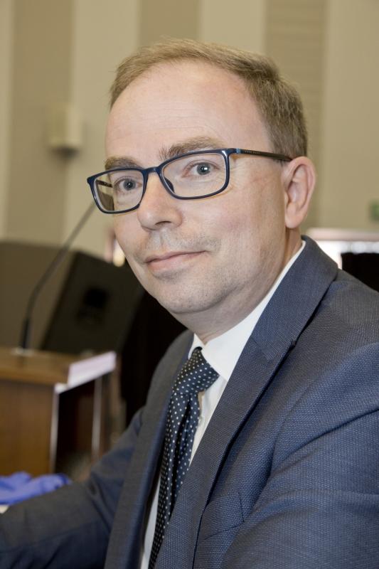Zdjęcie prortretowe Pana prof. Michała Nowickiego