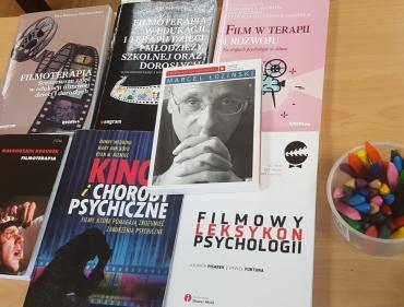 Filmoterapia w Poznańskiej Szkole Rozwoju i Terapii
