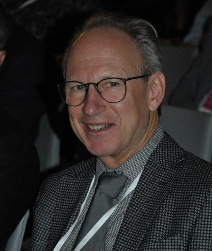 Dr Burghard Abendstein