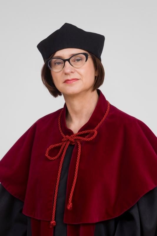 dr hab. Lidia Gil, prof. UM