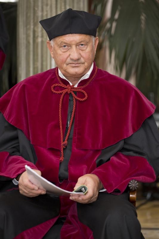 Doktor honoris causa - prof. Piotr Kasprzak