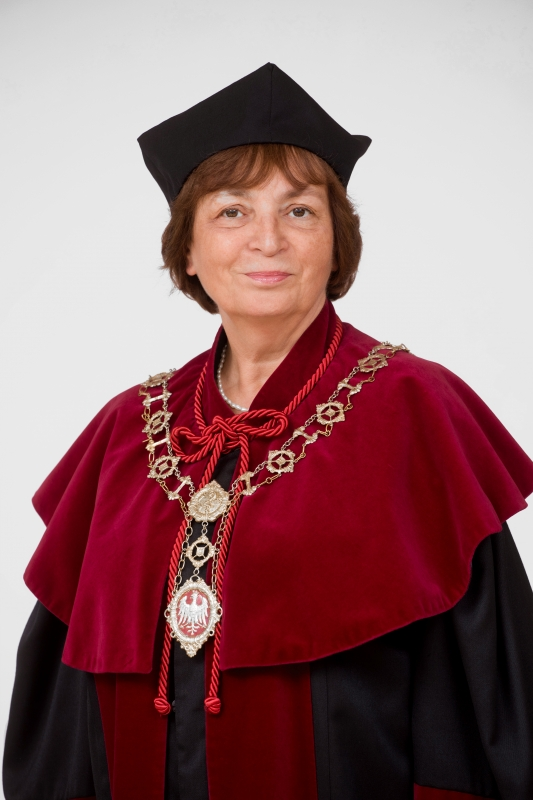 prof. dr hab. Maria Iskra