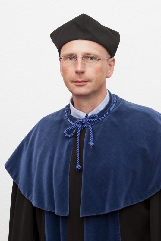 dr hab. Jakub Żurawski