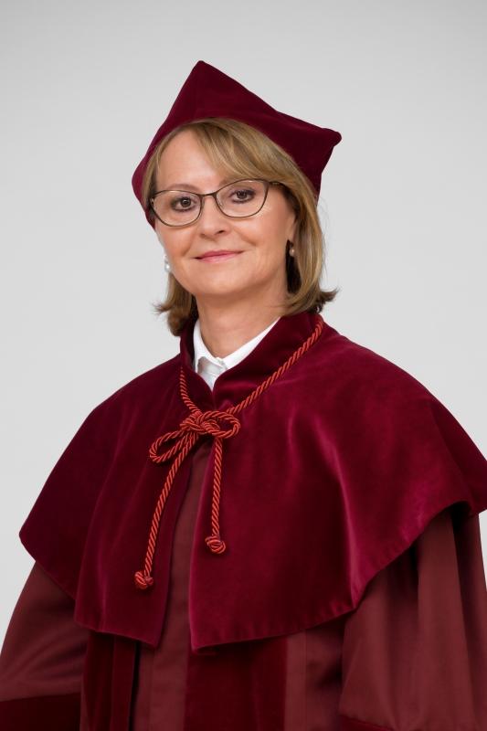 prof. dr hab. Ewa Wender-Ożegowska